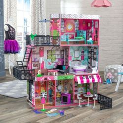 Dolls Houses-image
