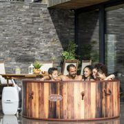Lay-Z-Spa Helsinki Airjet Spa Hot Tub For 5-7 Adults One Colour